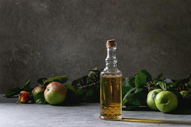 Organiczny ocet jabłkowy