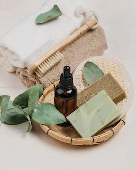 Organiczny olejek do ciała i mydła wysoki widok