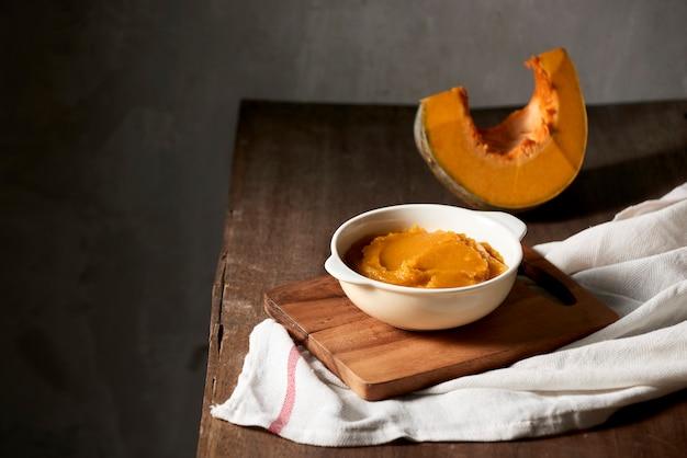 Organiczny składnik puree z dyni pomarańczowych do pieczenia