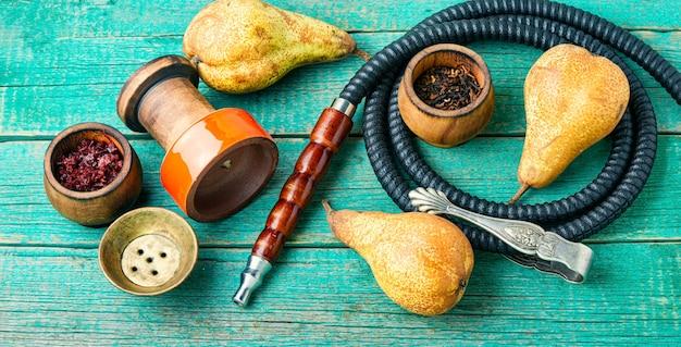 Orientalna fajka paląca.