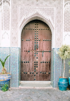 Orientalne drzwi