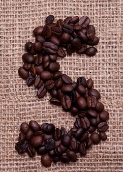 Ostatnio z ziaren kawy