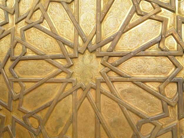 Oszałamiająca wzór arabski z mosiądzu drzwi pałacu królewskiego