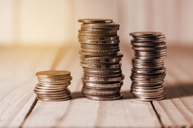 Oszczędność pieniędzy i bankowości kont dla koncepcji biznesowej finansów