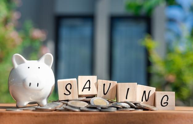 Oszczędność pieniędzy na dom