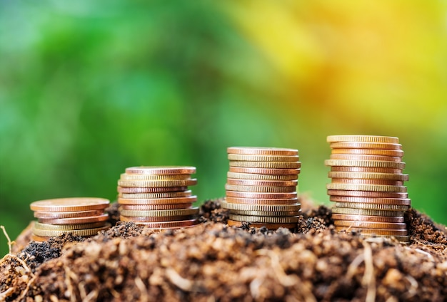 Oszczędzanie pieniędzy i koncepcja finansowania konta