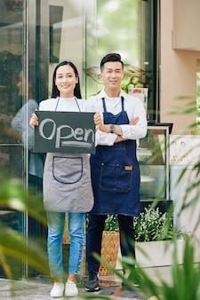 Otwarcie kawiarni po długiej kwarantannie