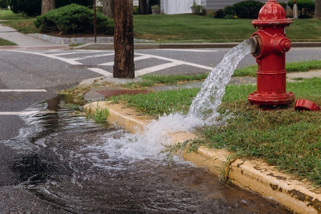 Otwarty hydrant