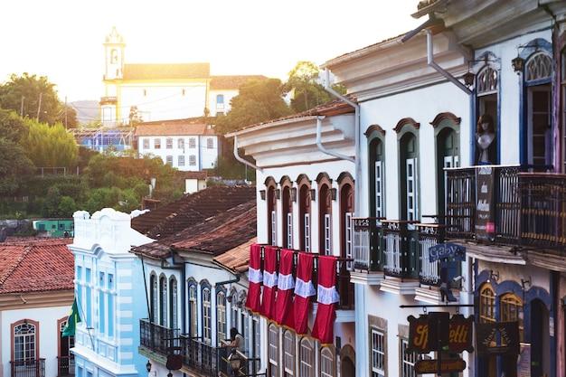 Ouro preto, brazylia - 18 marca 2018: widok na zabytkowe miasto ouro preto, minas gerais, brazylia