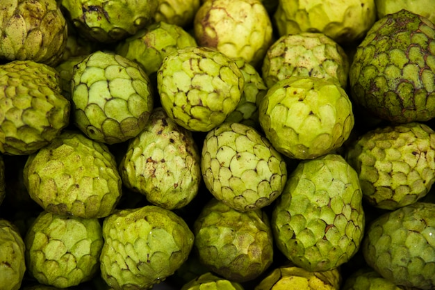 Owoc anona da madeira na rynku