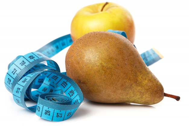 Owoce i taśma miernicza