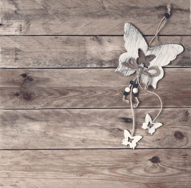 Ozdoba motylkowa ze sklejki z miejsca na kopię