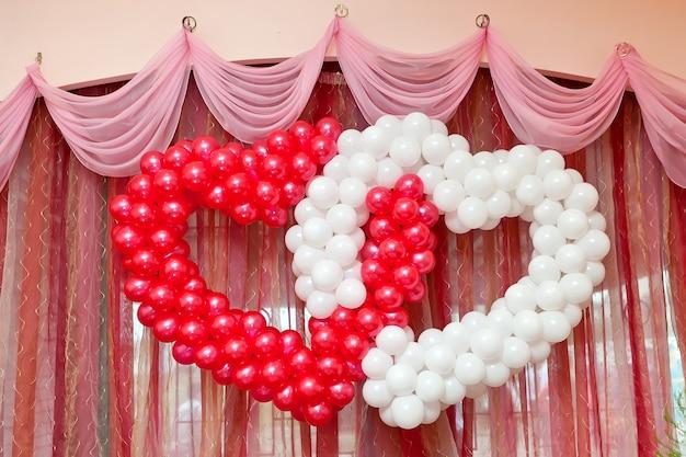 Ozdoba ślubna z balonów