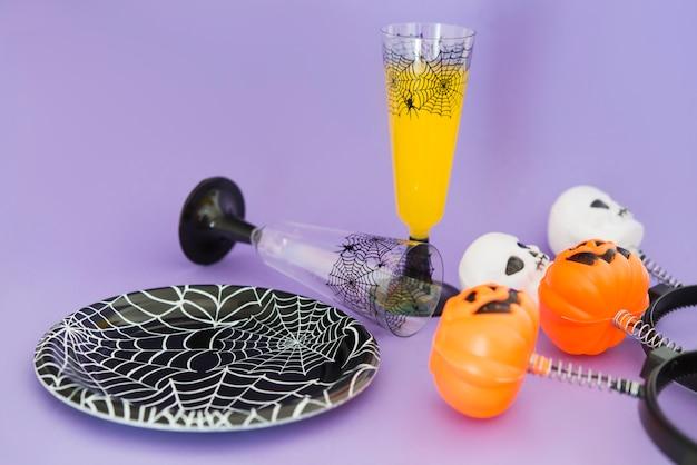 Ozdoby i napój na przyjęcie halloweeen