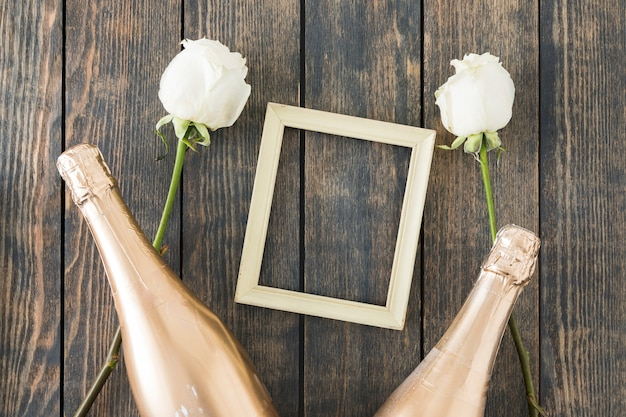 Ozdoby ślubne z butelką szampana