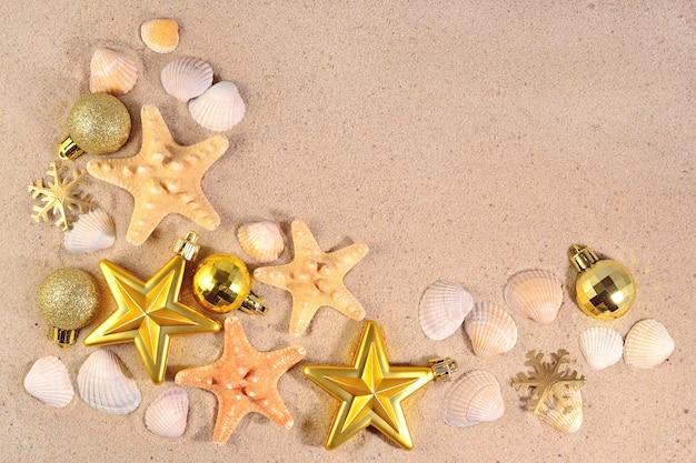 Ozdoby świąteczne, muszle i rozgwiazdy