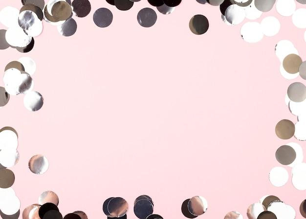 Ozdoby urodzinowe okrągłe ramki widok z góry