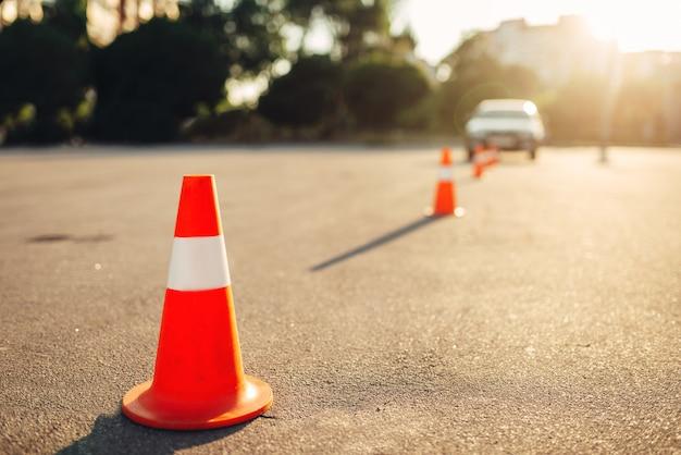 Pachołki do egzaminu, koncepcja nauki jazdy