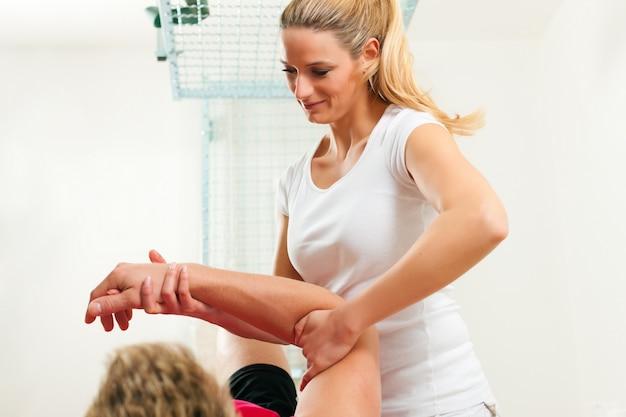 Pacjent na fizjoterapii