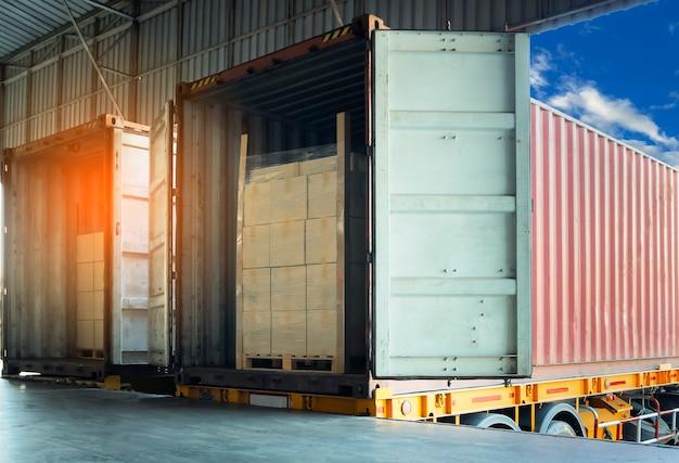 Paczki załadunek z wysyłką przesyłka kontenerowa dostawa ładunek logistyka ciężarówek