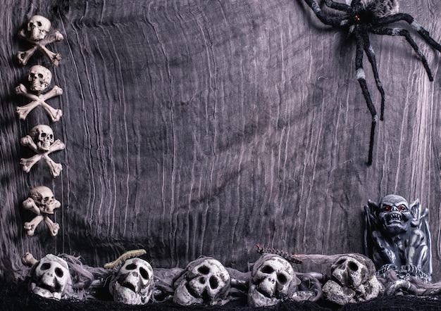 Pająk przez sieć na halloween
