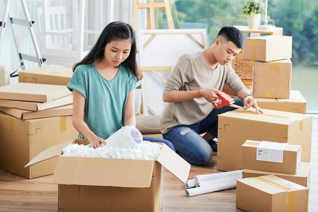 Pakowanie i rozpakowywanie pudełek