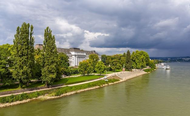 Pałac elektorów w koblencji w niemczech