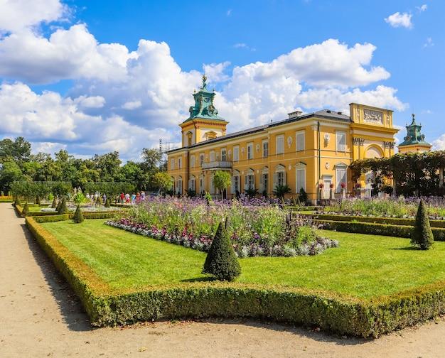 Pałac królewski w wilanowie w warszawie rezydencja króla jana iii sobieski polska sierpień