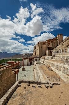Pałac leh, ladakh, indie