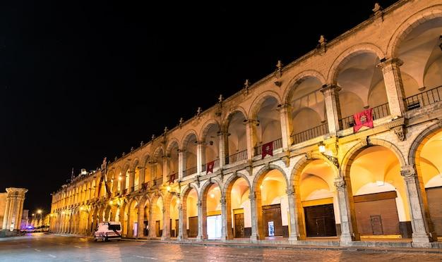 Pałac miejski przy plaza de armas w arequipie w peru