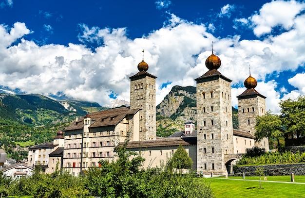 Pałac stockalpera w brig w kantonie wallis w szwajcarii