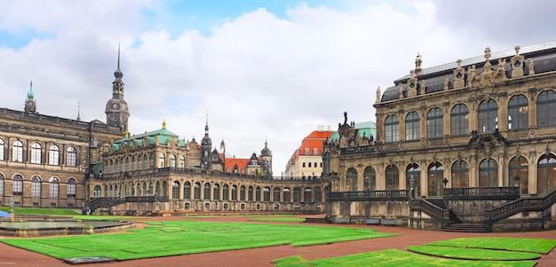 Pałac zwinger (der dresdner zwinger) w dreźnie, niemcy