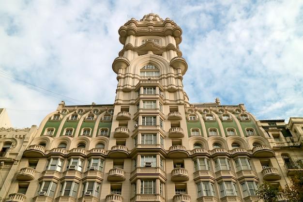 Palacio barolo building, wspaniały punkt orientacyjny na avenida de mayo street, buenos aires, argentyna