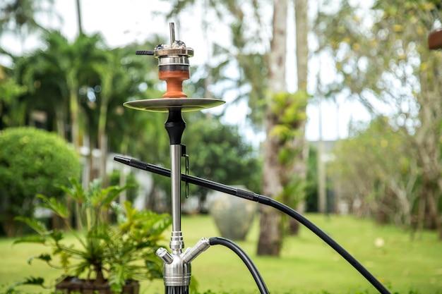 Palenie fajki wodnej na wakacjach