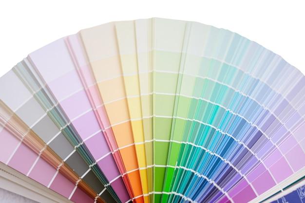Paleta kolorów do wyboru odcienia farby na białym tle izolat