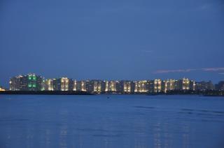 Palm jumeirah w nocy