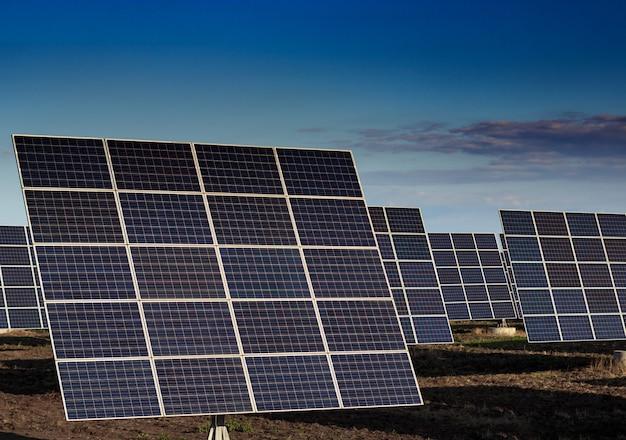 Panel energii słonecznej odnawialna energia słoneczna