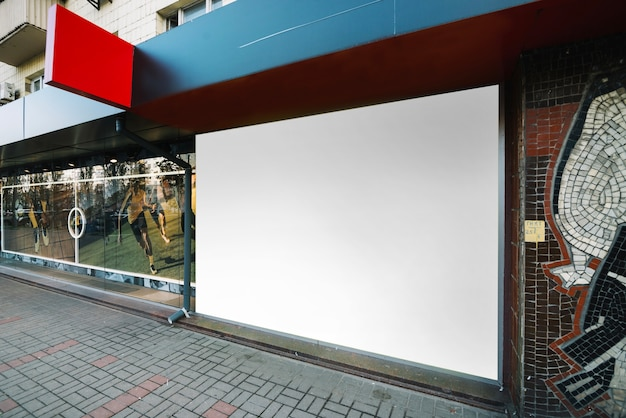 Panel reklamowy na budynku
