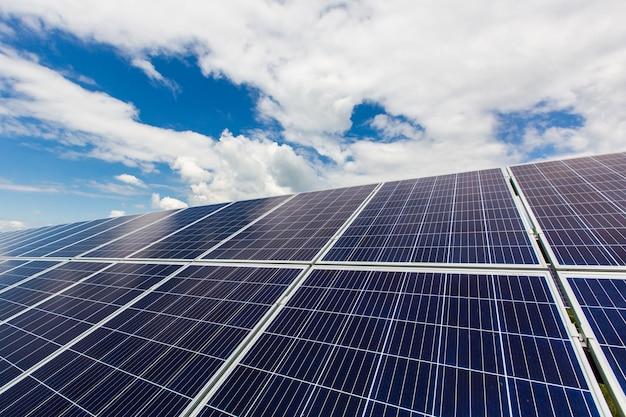 Panel słoneczny z alternatywną energią fotowoltaiczną