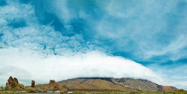Panorama parku narodowego teide, teneryfa, hiszpania.