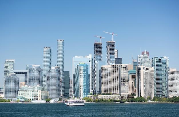 Panoramę miasta toronto w kanadzie