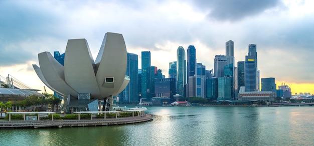 Panoramę singapuru nocą