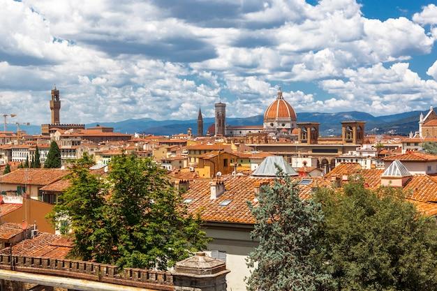 Panoramiczny widok florencja firenze od piazzale michelangelo, odgórny widok, florencja, tuscany, włochy