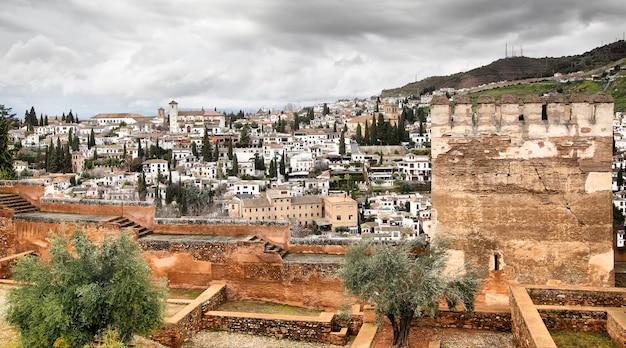 Panoramiczny widok granady w hiszpanii