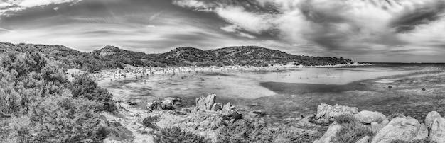 Panoramiczny widok na kultową spiaggia del principe