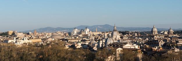 Panoramiczny widok na miasto rzym