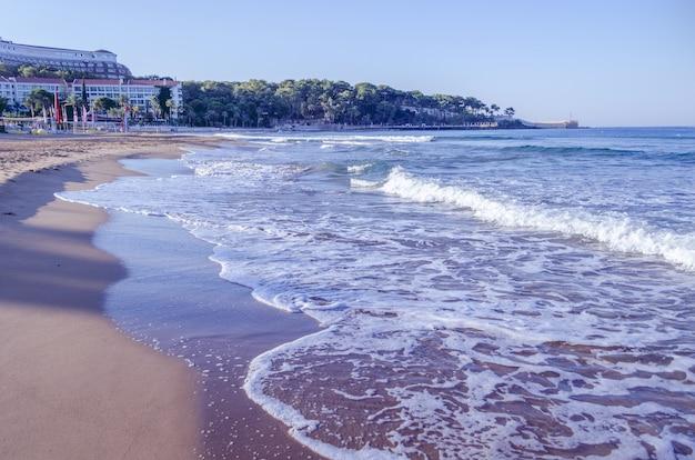 Panoramiczny widok na plażę