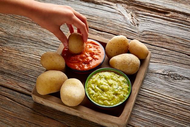 Papas al mojo wyspy kanaryjskie pomarszczone ziemniaki