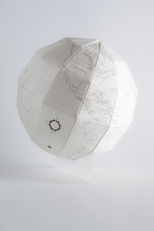 Papercraft globus