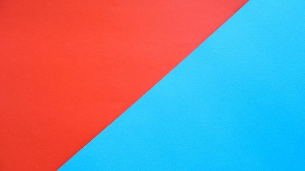 Papier w kolorze pomarańczowym i niebieskim tle papieru